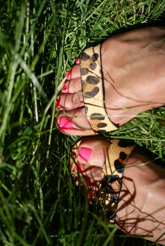 http://soisbelleetparle.fr/wp-content/uploads/2012/06/sandales-l%C3%A9opard-zara.jpg