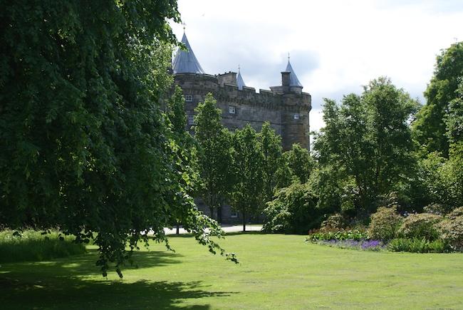 Holyroodhouse-edinburgh