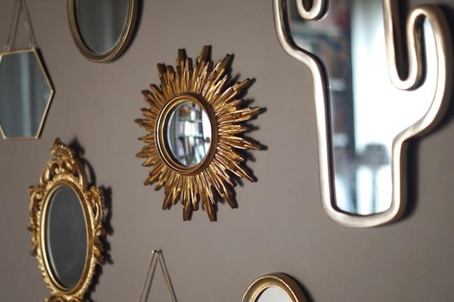 miroir mon beau miroir sois belle et parle l 39 ber vie de violette. Black Bedroom Furniture Sets. Home Design Ideas