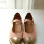 Les souliers neufs